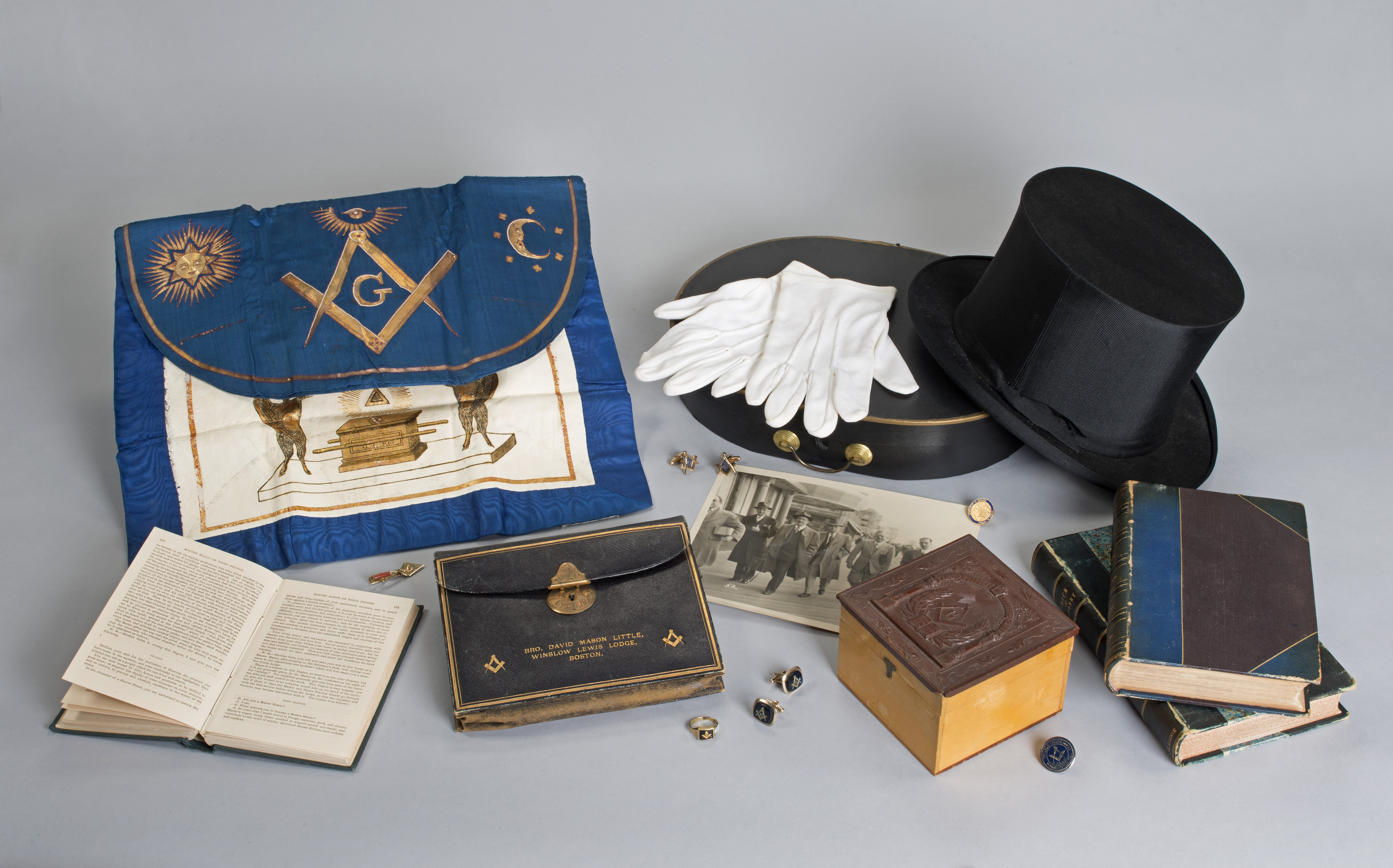 Masonic apron and artifacts
