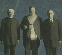 A photograph of President Howard Taft wearing his Masonic apron.